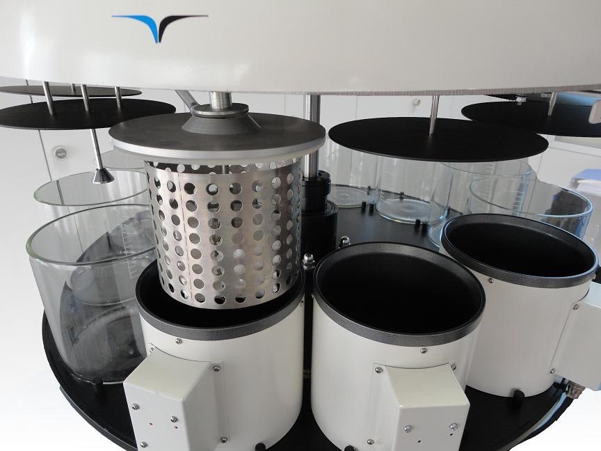 Procesor rotativ dublu cu vacuum pentru tesuturi